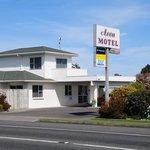 Avon Motel
