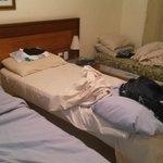 Situação do quarto quando cheguei a noite.
