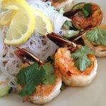 vietnamese salad with prawns