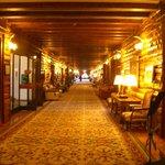 ホテル内 廊下