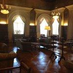 Sala de Lectura y Bar