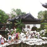 Pagoda sul fiume