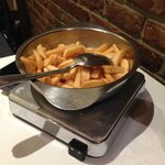 Frites on hot plate
