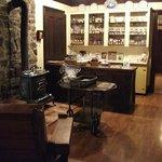 Petite boutique de produits régionaux, auberge Marie Blanc