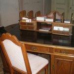 Antikes Büro