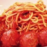 Classic spaghetti and turkey meatballs