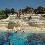 Kalksinnterinsel nachbau im Pool wo gerne Aqua Gym gemacht wird