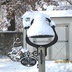 Quaint welcome bell