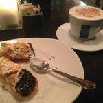 Delicious Cannoli Dessert