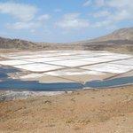 le saline , fantastiche acqua calda e galleggiamento assicurato per tutti grazie al sale