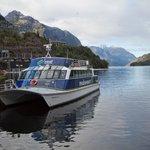Lake Manapouri cruise boat