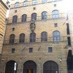 Palazzo Davanzati, facciata