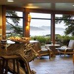Driftwood Bar Ivan Hunter