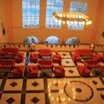 hotelowy hall