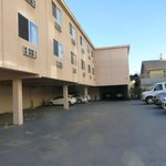 Parking lot to rear of hotel