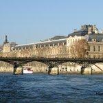 Le pont des Arts et le Louvre