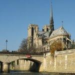 Pont de l'Archevêché  et Notre Dame