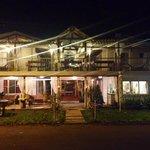 Hotel en la noche