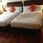 The twin bed is super single size bed