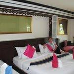 Simple Life Resort