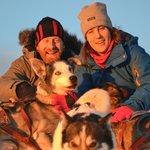 Kuscheln mit den Huskies