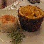 Crevettes à l'Ananas et Riz Coco