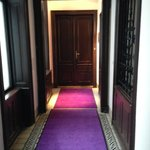 entrance hall to private spa suite