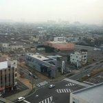 右上が新日鐵住金株式会社様等の工場群です。