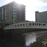 Footbridge over River Don in front of Holiday Inn Express Sheffield