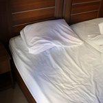 Thin pillows/Thin mattresses