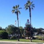 Redondo Beach gegenüber Starbucks (Bibliothek)