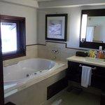 Amazing jacuzzi bath