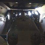 Une pièce d'artillerie vue de l'intérieur
