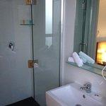 バスルーム(シャワーのみ)