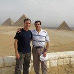 Con Marcelo en las pirámides