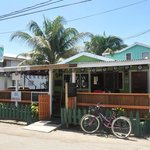 J-Dee's Restaurant & Bar