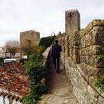 Caminhando sobre a muralha