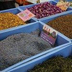 Lavender - Spice trade at the bustling market