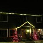 Granite Hills Inn @ night