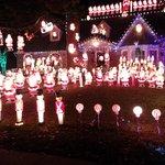 house of a 1000 santas