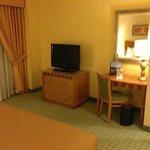 TV / work area in bedroom