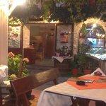 Dionis er den beste og koseligste restauranten i Nessebar :)