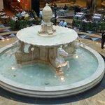 Fontaine à Emirates Mall