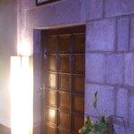 Puerta de entrada Habitación Guillem de Montgrí