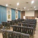 La sala conferenze!