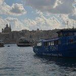 The Sliema/Valletta ferry approaches