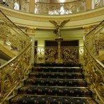 Escalinata de subida a las salas de eventos