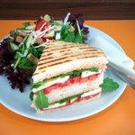 Focaccia mit Salat