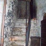 Scaletta che porta alla stanza dalla strada principale