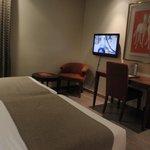 Dormitorio 6º piso - zona escritorio